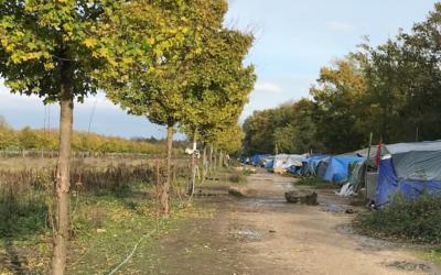 Communiqué de presse : visite du camp de tibétains à Achères