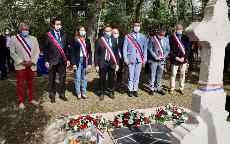 Cérémonie commémorative du 77e anniversaire de la Libération de Carrières-sous-Poissy et Hommage aux frères Tissier