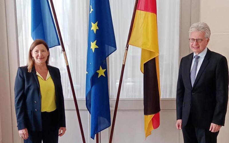 Échanges particuliers avec les Ambassadeurs (Allemagne et Inde)