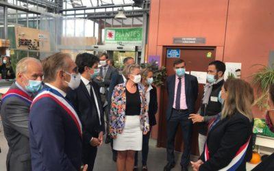 Le Ministre de l'Agriculture en déplacement au lycée agricole à Saint-Germain-en-Laye