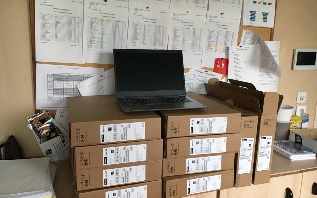 COMMUNIQUÉ – Des ordinateurs pour lutter contre les inégalités éducatives
